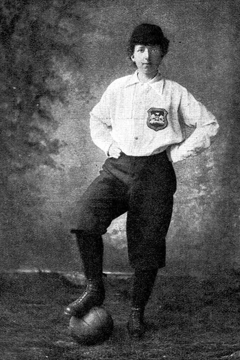 Scottish suffragette and women's footballer Helen Graham Matthews in 1895 (Photo: South West News Service, public domain)