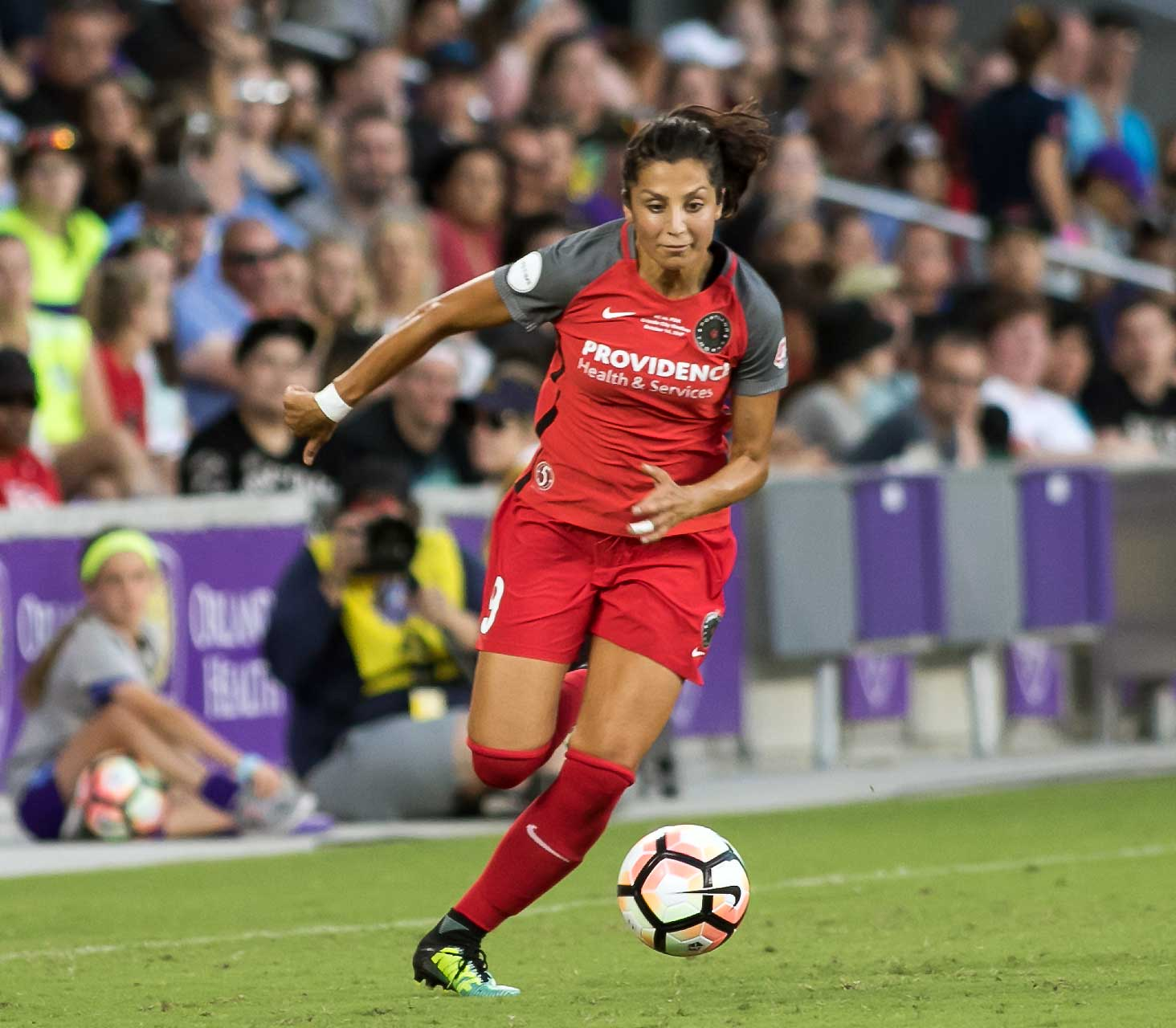 Nadia Nadim playing for the Portland Thorns FC in 2017 (Wikimedia Commons)