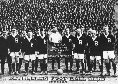 Bethlehem Steel FC before playing the final match of the 1914-15 season (Photo: WikiCommons).